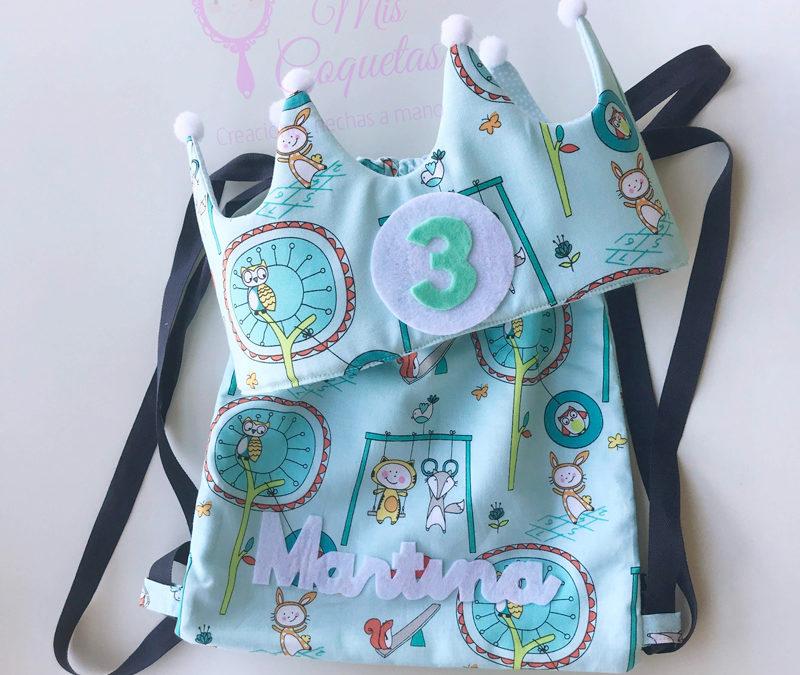 Precioso conjunto de mochila y corona de cumpleaños