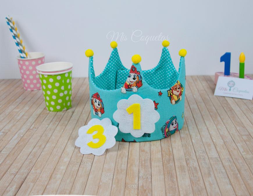 Corona de cumpleaños de la Patrulla Canina