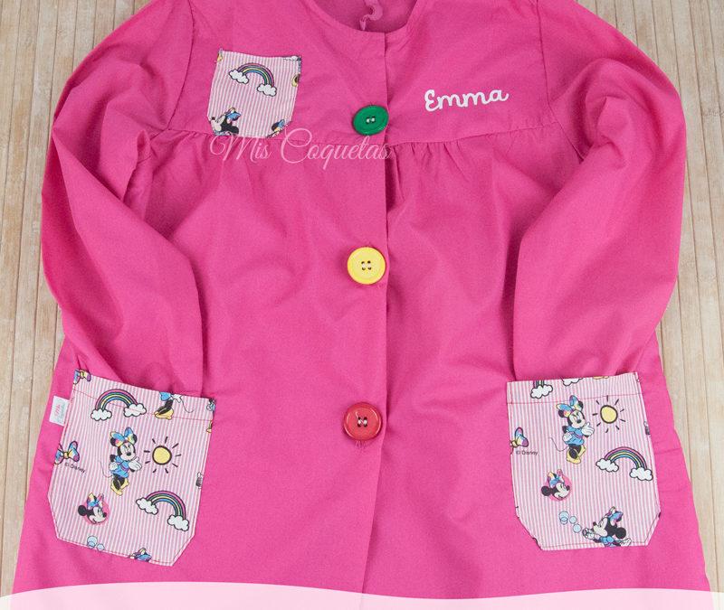 Bata escolar personalizada para Emma